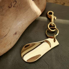 「BRASS SHOE HORN KEY-HOLDER S」シューホーン・キーホルダー 【PICUS】